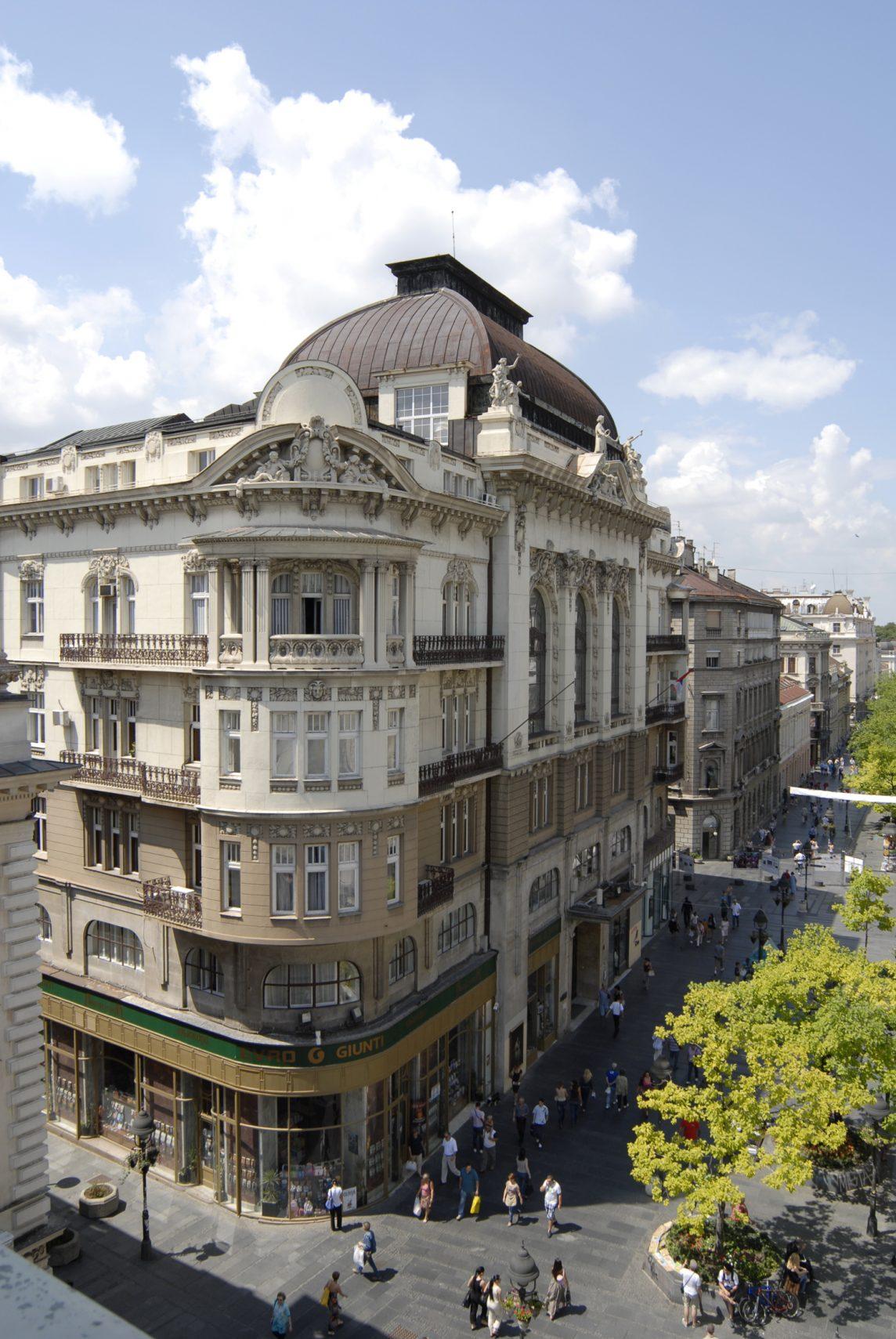 Палата Српске академије наука и уметности саграђена је 1923–1924. године, према пројекту познатих српских архитеката Драгутина Ђорђевића и Андре Стевановића из 1912. године